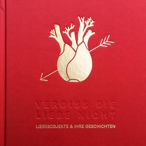 Buch rotes Leinen goldener Fenchel