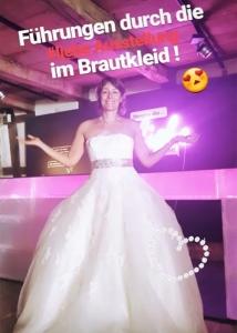 Luise Loué im Brautkleid