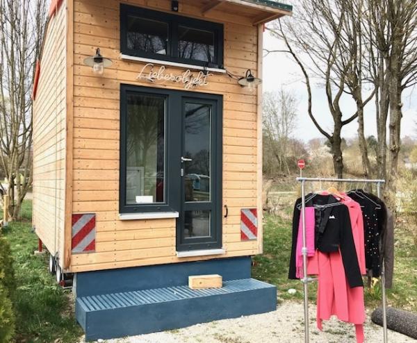 Tiny House Kleiderständer